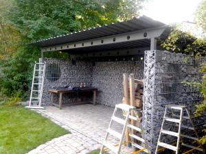 Lager-Voderholzer-300x225